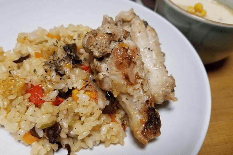 きくらげレシピ|きくらげと鶏の炊き込みごはん